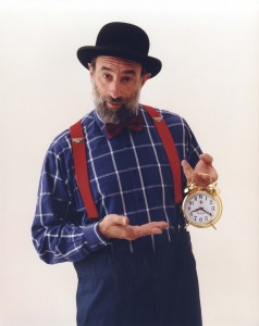 Avner the Eccentric with clock