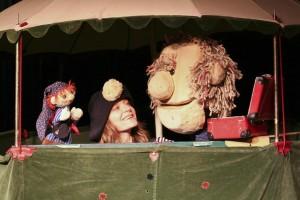 Jana Zeller and puppet friends